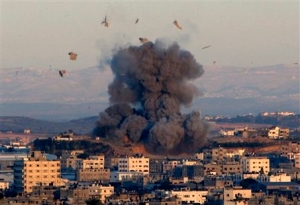Gaza sous les bombes. Photo: Adel Hana (CC BY-NC-ND 2.0)