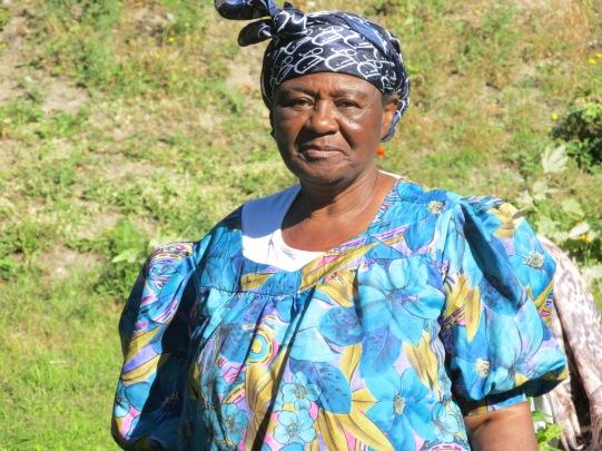 Mama Africa dans son jardin